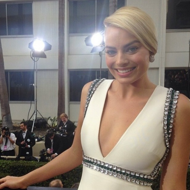 Pretty much the whole world wants to hang out with this Aussie atm.. Margot Robbie! Image Source: Instagram